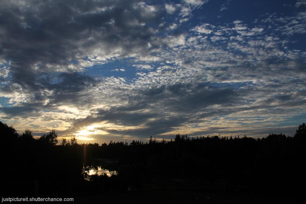 photoblog image Mid August Sky