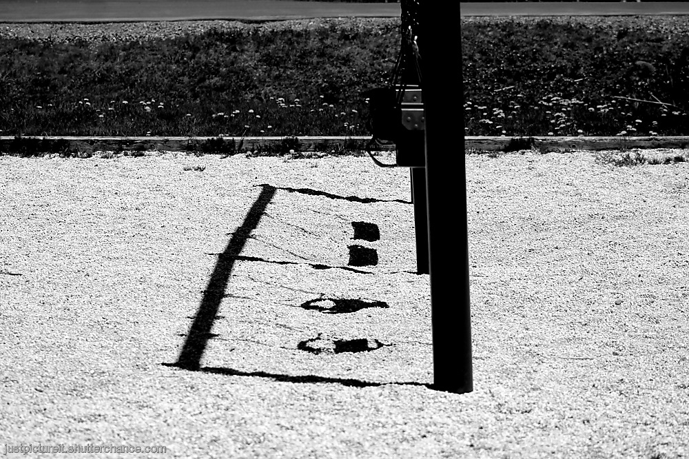 photoblog image Noonish Shadows
